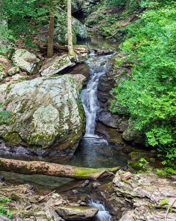 Waterfall at Cloudland Canyon State Park in north Georgia 版權商用圖片 - 29858285