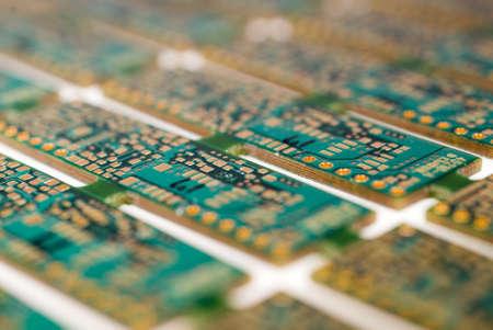 would: Circuiti stampati ancora collegato come sarebbero durante la fabbricazione
