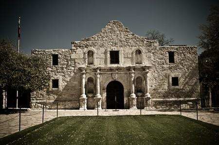 antonio: The famous Alamo Mission in San Antonio, Texas