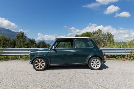 cooper: Old Mini Cooper