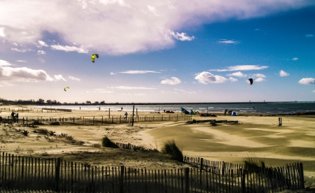 roussillon: Beach with kite surfers  Stock Photo