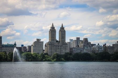Skyline over Jacqueline Kennedy Onassis Reservoir in Central Park, New York  Stock Photo