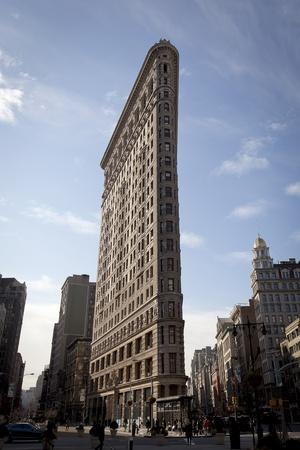 feat: Nueva York - fachada plana de hierro edificio de Broadway. El edificio Flat Iron, una haza�a arquitect�nica innovadora se complet� en 1902. 09 de enero 2012 en Manhattan, Nueva York.