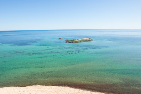 shark bay: Beautiful panoramic view of Eagles Bluff at Shark Bay in Western Australia, clear ocean, summer sunny blue sky, horizon, copy space.