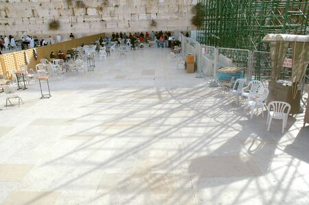 Women gathered at the Women's section of the Western Wall in Jerusalem, Israel Banco de Imagens