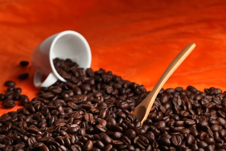 Coffee cup bean with wood spoon. Stock Photo - 11819938