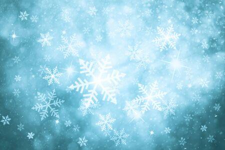 azul turqueza: Fantas�a turquesa nevadas abstracta de colores de Navidad y A�o Nuevo fondo de la ilustraci�n con la chispa. Turquesa Tarjeta de felicitaci�n hermosa de color plata con fondo copia espacio.
