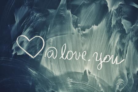 """""""사랑 당신""""녹색 칠판에 필기와 기호를 사랑 해요."""