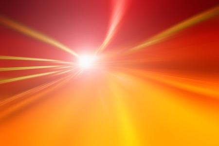 터널 밝은 오렌지 빨간색 조명 가속 속도 동작 흐림 효과. 모션 블러는 스피드와 다이내믹을 시각화합니다.