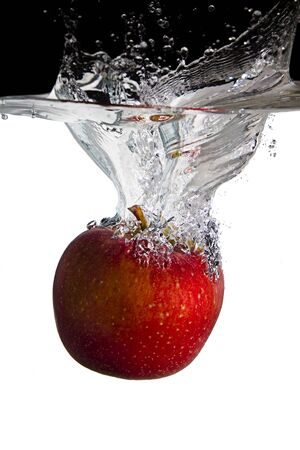 one apple in water Stockfoto
