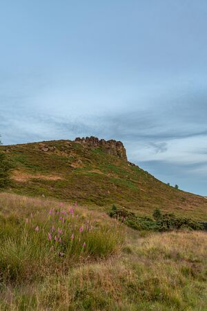 Panoramic view of Hen Cloud and The Roaches just before sunset in the Peak District National Park. 스톡 콘텐츠 - 132786625