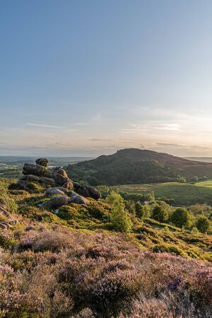 Panoramic view of Hen Cloud and The Roaches from Ramshaw Rocks in the Peak District National Park. Banco de Imagens
