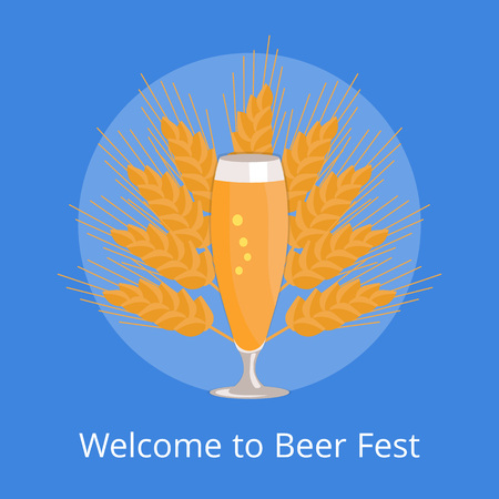 白い背景に隔離されたビールのグラス