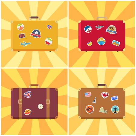 Valise prête à voyager, bagages avec des autocollants de drapeaux des pays, des points de repère et illustration de vecteur avion isolée sur des rayures jaunes