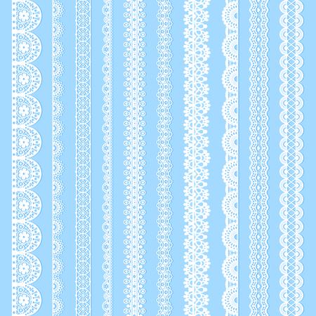 Collezione di lacci verticali, bordi bianchi senza cuciture per il design. Sagome allacciate leggere isolate sull'azzurro. Nastri stilizzati a strisce decorative vettoriali
