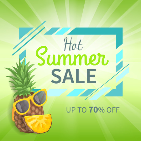 Hot Summer Sale Up to 70 Percent Off Promo Poster Archivio Fotografico - 112304854