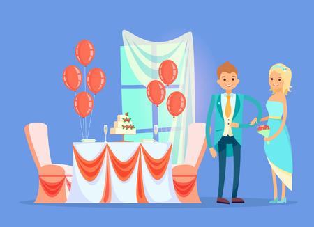 Table de restaurant avec vecteur de gâteau de mariage, couple marié debout par bureau avec décoration. Fenêtre et voile, ballon et dessert aux fraises