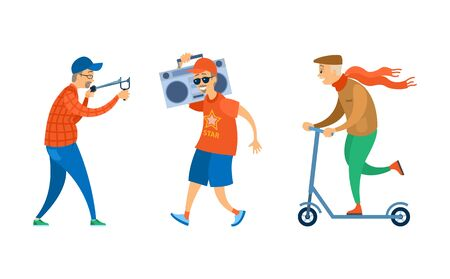 Conjunto de ancianos, retrato y vista de cuerpo entero de personas mayores, escuchando música, apuntando con catapulta, moviéndose en scooter, actividad de jubilados, vector senior