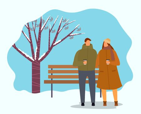 People drinking hot beverages in winter park. Man and woman wearing warm clothes walking in forest. Snowy landscape with tree covered with snow and wooden bench. Frosty day outdoors vector in flat Banque d'images - 138274010