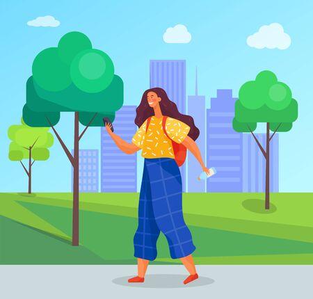 L'adolescente trascorre il tempo libero durante le vacanze estive nel parco urbano. La ragazza tiene il telefono in mano e invia messaggi a qualcuno. Paesaggio con vegetazione e silhouette di edifici della città. Illustrazione vettoriale in appartamento