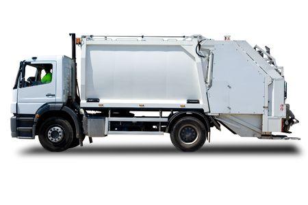 camion de basura: Aislado en blanco Cami�n de basura con un conductor