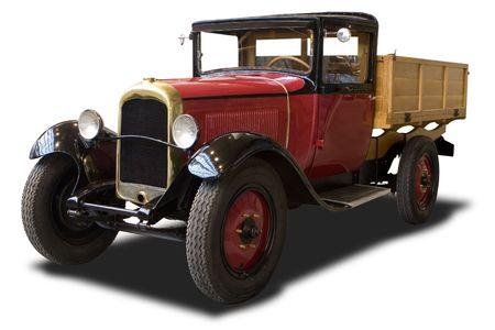 Une camion Antique Red propre � blanc