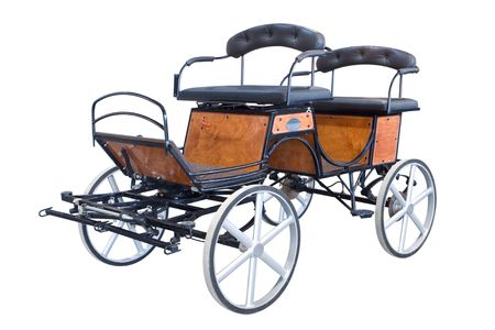 carreta madera: Un carro de caballo marr�n aislado en blanco