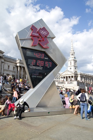 LONDON- May 31: Crowds visit the 2012 olympic countdown clock, on display in trafalgar square, london, on May 31, 2011. Stock Photo - 9664553