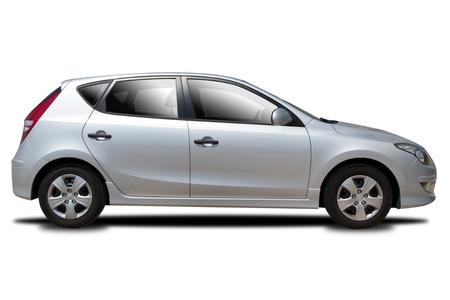 白で隔離される銀の車