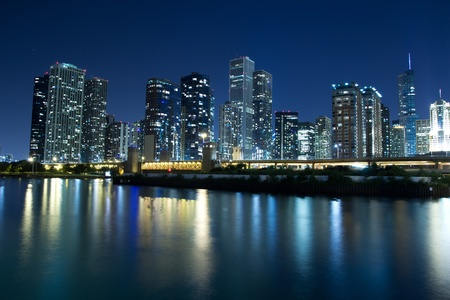 CHICAGO - AUG 26: The Chicago Skyline at night on August 26, 2011 in Chicago. The Chicago's skyline is one of the world's tallest with three of America's five tallest buildings. Stock Photo - 10581502