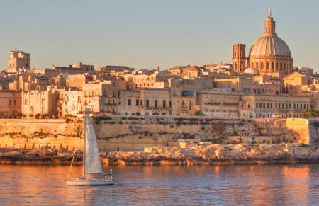 La Valette, la capitale de Malte en d�but de matin�e. Banque d'images