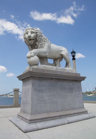 fl: Lion Statue at the Bridge of Lions in St Augustine, FL, USA.