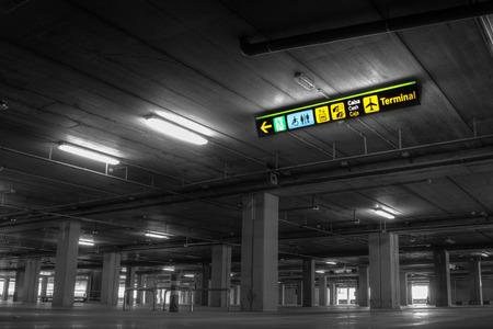 Empty Airport Parking Garage Redactioneel