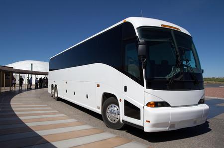 Tour Bus at a Tourist Site Éditoriale