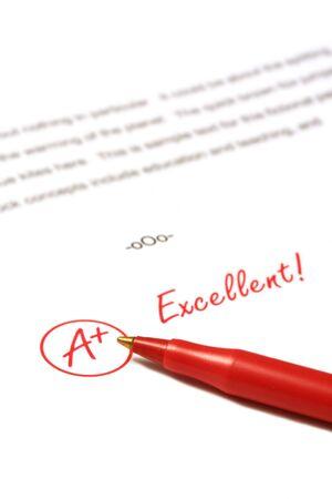 grading: En un documento clasificado es un plus, Excelente, con l�piz rojo.