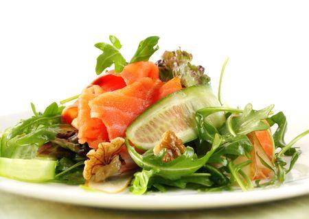 smoked salmon: Salad with smoked salmon, walnuts, pears, cucumber and rocket.