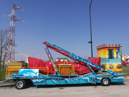 truck with moon game park