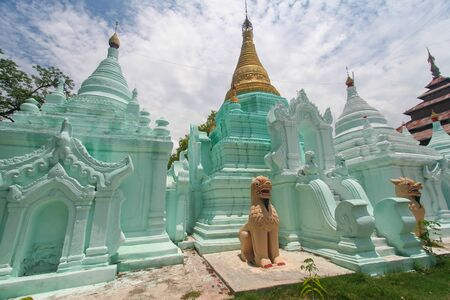 paganism: A scenic view of the Buddhist temples in Mandalay  Myanmar