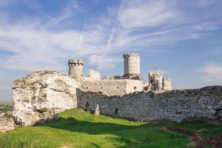 ogrodzieniec: Scenic view of the castle ruins in Ogrodzieniec village. poland Stock Photo