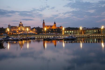 bristle: Szczecin, night view of the historical center