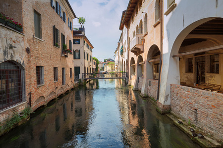 Treviso  View of the historical architecture and river channel Zdjęcie Seryjne