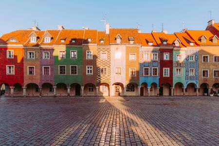 Poznan. Colorful traditional tenements in the old town Zdjęcie Seryjne
