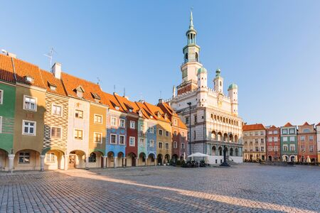 Poznan in Poland. Old square and historical colorful tenement Zdjęcie Seryjne