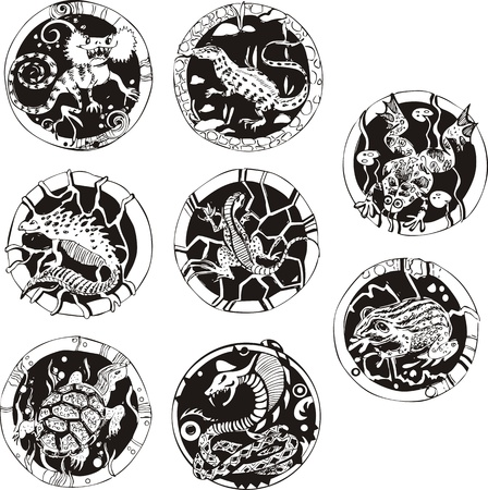 Round tattoos with reptiles. Set of black and white vector illustrations. Vector