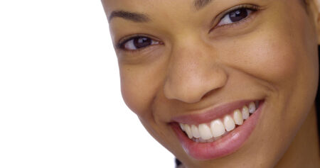 Black woman smiling Reklamní fotografie - 33804568