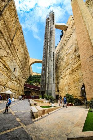 Barrakka Lift and Valletta ditch
