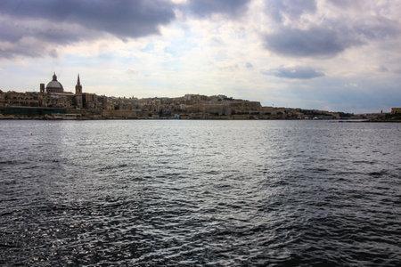The skyline of Valletta. Редакционное