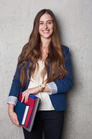 비즈니스 여자 폴더와 노트북 스톡 콘텐츠