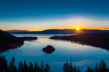phillip rubino: Sunrise over lake Tahoe and Emerald Bay