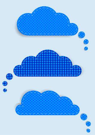 conjunto de nubes aisladas sobre un fondo azul